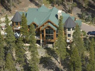 Magnificent $3 mill, 8620 Sf 6 bed/7 1/2 ba estate - Silverthorne vacation rentals