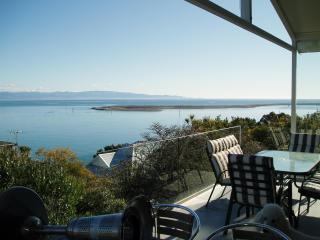 Kimberley House 3: Fantastic harbour & bay view - Nelson vacation rentals