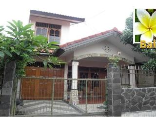 True Balinese Experience - Live Amongst the Locals - Bali vacation rentals