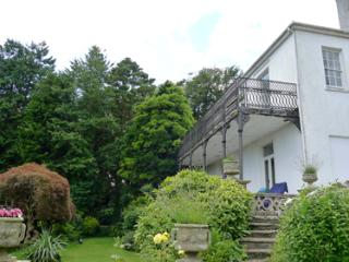 Pet Friendly Holiday Cottage - Grove House, Llansteffan - Llansteffan vacation rentals