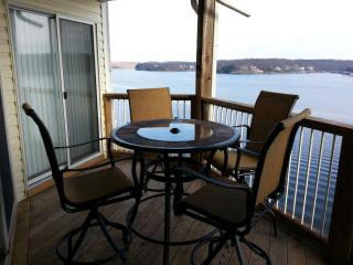 Ledges (10310) 2 BR Condo with Awesome Lake View - Camdenton vacation rentals