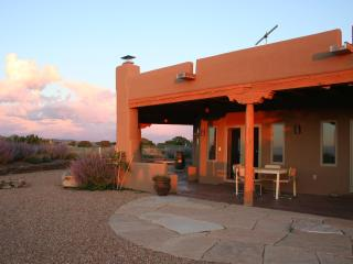 Beautiful Mountain Views Quiet Retreat in Santa Fe - Santa Fe vacation rentals