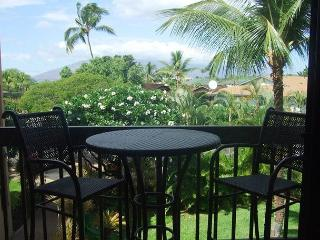 Steps to Kamaole Beach #1 Remodeled Maui Vista 1 Bd 1 Bath Great Rates! - Kihei vacation rentals