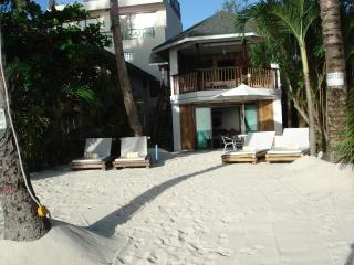 The Greenhouse (Boracay Beach House) - Boracay vacation rentals