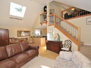 2 Bedroom Sidney Cottage Steps to the Beach and Short Walk to Town - Pender Island vacation rentals