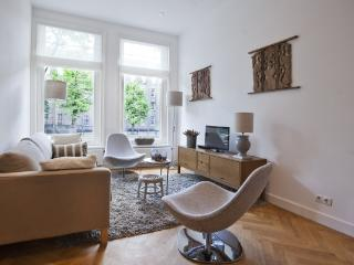 CR102AMS - New Prince - Amsterdam vacation rentals
