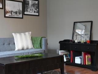 One Bedroom Condo in the heart of downtown Toronto - Toronto vacation rentals