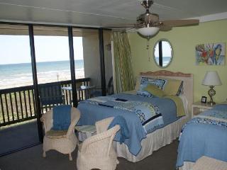 Beachfront  2 Bedroom Condo Closest To The Beach - Port Aransas vacation rentals