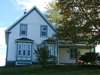 Heart of the Ocean Cottage, Lockeport, Nova Scotia - Louis Head vacation rentals