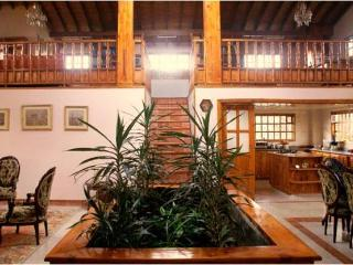 Beautiful and luxury home in Chia close to Bogota - Bogota vacation rentals