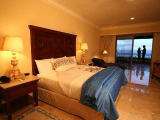 Luxury Oceanview Studio + Kitchenette - Cabo San Lucas vacation rentals