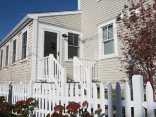 Front entrance - 170 Bradford Street 114114 - Provincetown - rentals