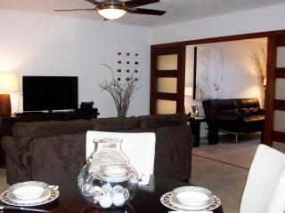 A Ground Floor Stylish Remodel - Scottsdale vacation rentals
