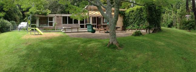 Welcome to the Cheeky Tui! - The Cheeky Tui Holiday Cabin, Lake Tarawera - Rotorua - rentals
