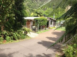 The Cheeky Tui Holiday Cabin, Lake Tarawera - New Zealand vacation rentals