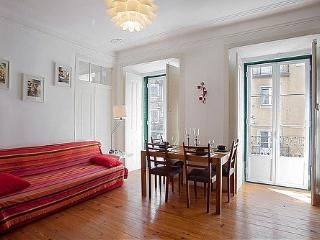 Mouraria 2bedroom&patio in historic center - Lisbon vacation rentals