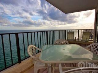Atalaya Towers Penthouse - Garden City vacation rentals