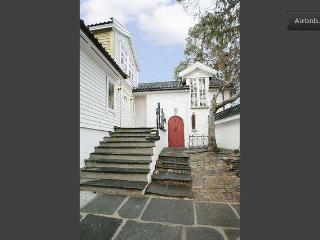 Bergen; beautiful & quiet apartment, sleeps 5 max - Bergen vacation rentals