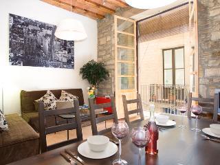 Born Montcada 2 - Unique in every way & hosts 10! - Barcelona vacation rentals