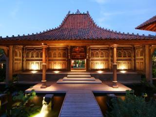 Villa Des Indes, Luxury 4 bedroom villa - Seminyak vacation rentals
