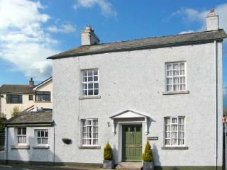 OLD BANK HOUSE, large detached house, woodburners, pet friendly, in Cark in Cartmel, Ref 21365 - Cartmel vacation rentals