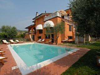 Casa Concerto B - Montecatini Terme vacation rentals
