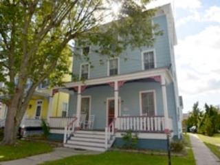 2 Blocks to Beach and Mall 10030 - Image 1 - Cape May - rentals