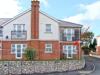 BEACH VIEW, pet-friendly apartment near beach and amenities in Benllech Ref 23226 - Island of Anglesey vacation rentals