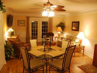 Luxury Condo - Close to beach - WiFi - low rates - Fernandina Beach vacation rentals