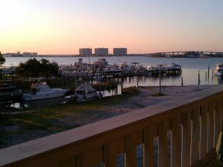 Beautiful Condo Setting/Perfect Vacation - Orange Beach vacation rentals