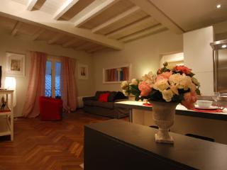 via d'azeglio 1 - Bologna vacation rentals