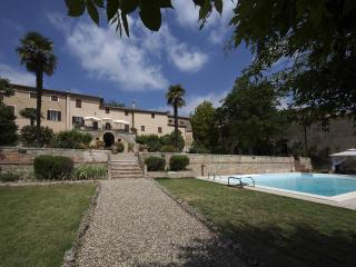 8BDR Villa in Siena countryside :pool ,AC,WiFi - Siena vacation rentals