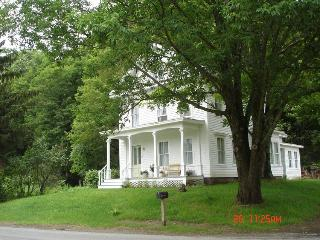 The House in Pumpkin Hollow B&B - Conway vacation rentals