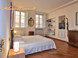 Comfortable Family Apartment in Center of Lucca. - Matraia vacation rentals