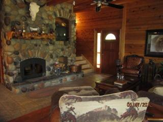 Wanna Go Away? 3 Bd  2 bath On the Roaring Chiwawa River  $199-399 - North Cascades Area vacation rentals