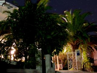 PaPe Inn apartment for four persons - Trogir vacation rentals