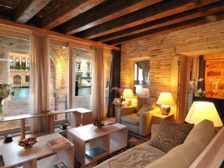 Ca' Del Fontego - Venice vacation rentals