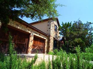 Beautiful Casita on Lake Travis- Perfect Family Vacation Spot! - Leander vacation rentals