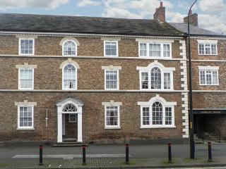 KUSTARD KOTTAGE town centre location, well-equipped accommodation, pet-friendly in Easingwold, Ref 21167 - Easingwold vacation rentals