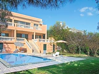 Comfortable 4bdr Villa w/ magnific Atlantic view - Lagos vacation rentals