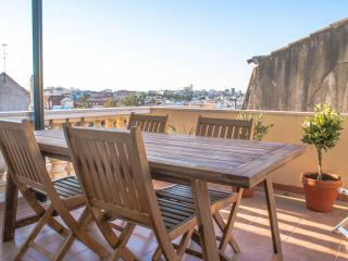 Lovely Terrace in the Castle Area - 3 Bedroom Apar - Lisbon vacation rentals