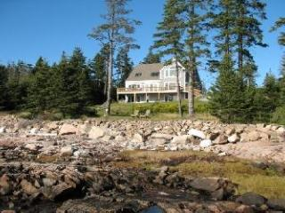 Szymanski Cottage - Bernard vacation rentals
