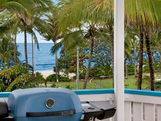 SEA VIEWS ON MACROSSAN STREET - Port Douglas vacation rentals