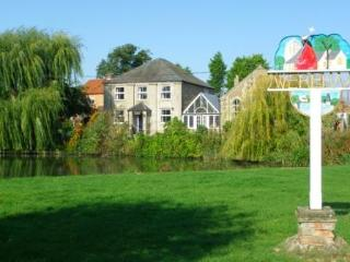 The Old School House, Wereham, Norfolk, PE33 9AN - Norfolk vacation rentals