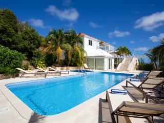 Captain Cook at Pointe Milou, St. Barth - Ocean View, Bedroom Suites, Heated Pool and Jacuzzi - Pointe Milou vacation rentals
