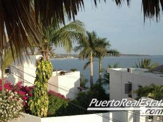 Casa Caitlin 2BR Puerto Escondido Vacation Rental - Puerto Escondido vacation rentals