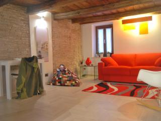 Roman Forum apartment - Rome vacation rentals