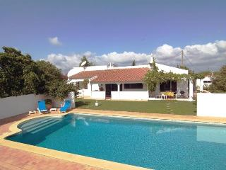 Cosy house, large gardens in quiet rural scenery - Lagos vacation rentals