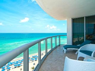 CANCELLATION July 18 - July 25 OCEANFRONT! - Sunny Isles Beach vacation rentals