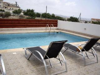 Peyia Villa - Mandria vacation rentals